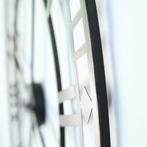 Handicraft Metal Wall Clock Family Decoration Clock European Antique Rusty